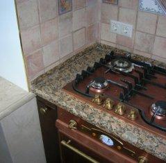 Кухонная столешница из натурального камня гранита Джало Венециано фиорито.jpg