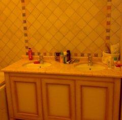 Столешница для ванной из камня: Мрамор Крема Валенсия.jpg