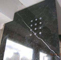 Камин из мрамора Нейро Маркино 2.jpg